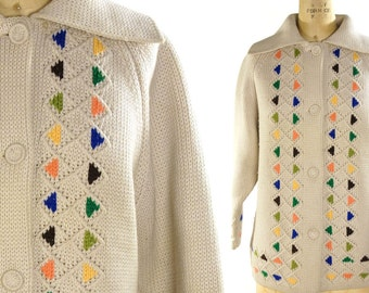 Wool Triangles Cardigan Sweater / Vintage 1960s Soft Sweater Blanket Coat