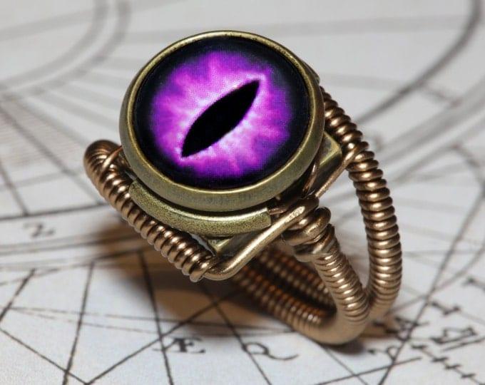 Eye ring, Purple Eye, Lizard eyeball, Snake eye, Dragon eye, Steampunk ring, Bronze, Catherinette Rings
