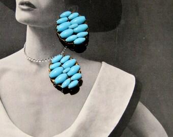 Blue Clip On Earrings, Button Earrings, Vintage Jewelry, Blue Bead Clip Ons,1960s Jewelry Retro, Blue Earrings, Jewelry Robin's Egg Blue