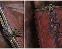 Vintage Tooled Leather Purse // 1900s Purse // Art Deco Purse // Meeker Purse