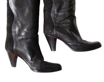 1980s SCALLOPED SUEDE & LEATHER tall boot, 5.5