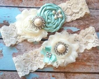 Wedding garter / AQUA BLUE garter SET / wedding garters / bridal garter/ lace garter / vintage lace garter