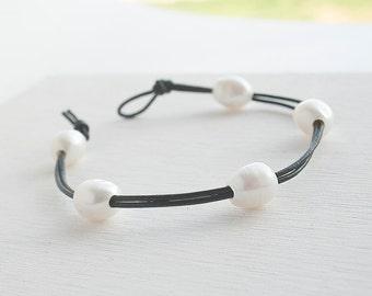 Pearl Leather Bracelet - White Pearl Bracelet - Casual Bracelet  - Rustic Wedding Bracelet - Gift Idea For Women - Freshwater Pearl Bracelet