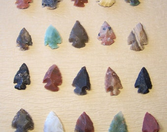 small stone arrowhead for wire wrap jewelry pendant - assorted natural raw stones -  agate - brown black green red gray 1/2 to 1 inch