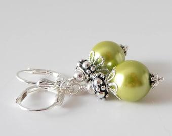 Chartreuse Bridesmaid Earrings, Apple Green Pearl Earrings, Vintage Style Dangles, Lime Wedding Jewelry, Beaded Bridesmaid Jewelry, Handmade