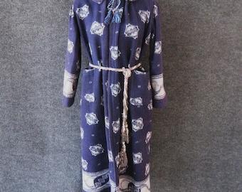 1910s 1920s Antique Vintage Blanket Robe, Rare Cotton Flannel Wrapper Blue Print, Edwardian to Flapper, Jones Store Kansas City Mo, Bust 34