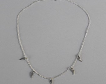 Wings / feather chain necklace in silver
