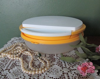 Tupperware Bowl and Grater Slicer and Chopper Disk Kitchen Unit Several Pieces
