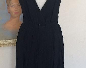 1950s Vintage Edward Abbott - Timeless Elegant Classic - Little Black Dress - Plunge Back - Classic Traditional - Wedding Party - 38 Bust