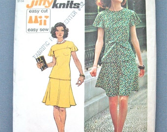 1970s Simplicity 6081 Misses' Jiffy Knit Two-Piece Short Dress Sewing Pattern