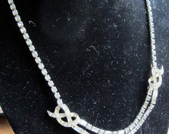 Vintage Rhinestone Necklace with Double Strand Focal Center. Gift Box JN871 Prom, Bridal,Wedding