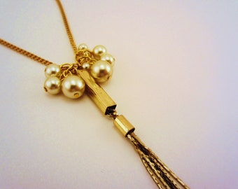 Tassel necklace. Long necklace. Gold necklace. Pearl cluster. Upcycled jewelry. Gift for her, gift for women.