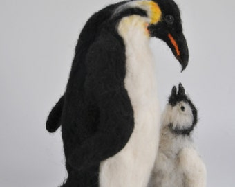 Needle Felted  Penguins. Father with a baby. Ready to ship.