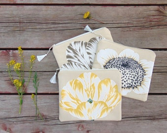 Cosmetic Bag, Makeup Bag, Floral Bag, Zipper Pouch, Zipper Bag, Wedding Party Gifts, Bridesmaid Gifts, Tulip Bag, Sunflower Bag, Mothers Day