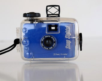 UNDERWATER SNAP SIGHTS 35mm film camera with housing and strap! ~ Brought To You By TheHeartTheHome.com