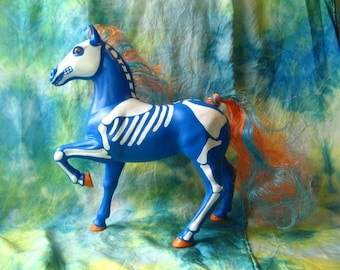 CM SKELETON FSF - Fashion Star Filly with Skeletal Repaint and New Hair, Fun and Funky Art Decor, Macabre 80s Nostalgia Horse, Horses
