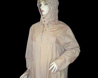 Long tan 1970s rustly nylon raincoat - Extra Large - chest 49 - XL - with hood - stand up collar - zip up