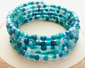 Turquoise Teal Green Beaded Wrap Bracelet, Bohemian Bracelet, Seed Beads, Mermaid Ocean Beaded Bracelet, Memory Wire Bracelet, Beach Jewelry