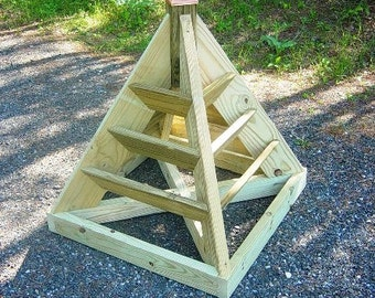 Wooden Pyramid Planter