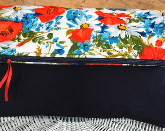 Foldover clutch red-white-blue two tone retro floral poppies e-reader tablet case