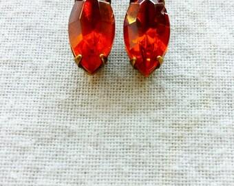Vintage Fiery Rust Pressed Glass Earrings