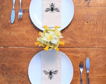 Cotton Napkins - Bee hand screen printed set of 2 dinner napkins - ecofriendly - reusable napkins for your table setting