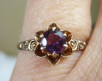 14K Gold Amethyst Victorian Claw set Floral Motif  Ring
