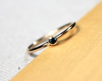 Blue Diamond, Solid 14K yellow gold, petit engagement ring
