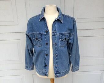 Light Denim Stonewash Oversize Jean Jacket | Men Women Large | Short