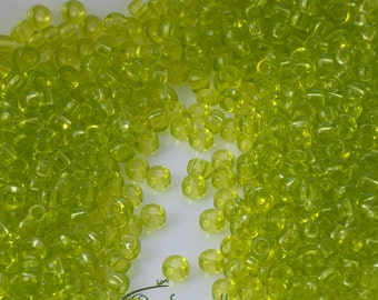 Miyuki 8/0 3mm Transparent Chartreuse - Round Rocailles 8-9143 - 7g (about 273 seed beads)