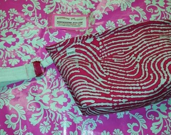 Pink - Zebra Stripe - Small Wristlet Purse - White Cotton Star Interior - Zipper - Made in U.S.A.