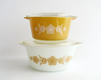 Set of 2 Pyrex Casserole Dishes with Lids, Butterfly Gold Pattern, Made in USA