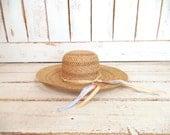Light tan brown woven vintage straw hat/gardening farming hat/straw sun hat