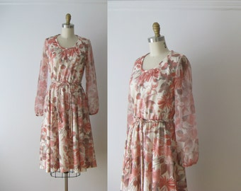 SALE vintage 1970s dress / 70s dress / Pink Flowers