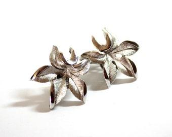 Crown Trifari Earrings  Silver Earrings  Floral Earrings 1950s Clip Earrings  Costume Jewelry  Vintage Trifari   Flower Earrings