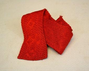 1950s California Fashioned Red Jacquard Crochet Necktie