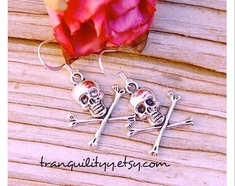 Skull Earrings , Cross Bones Skeleton Earrings , Goth, Emo, Day of the dead , Steampunk. By: Tranquilityy