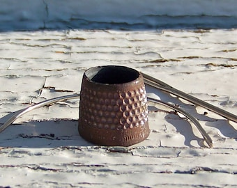 Antique Rusty Tailors Thimble Open Top Thimble Sewing Room Thimble Collector Vintage 1940s