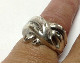 STERLING SILVER RING Size 6.25