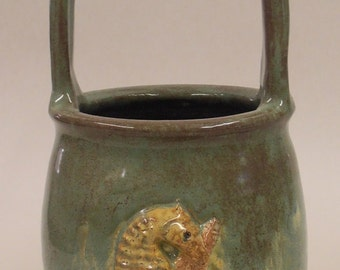 Vase Basket with Seahorse and Sea Star in Ocean blues and greens Item#Sea017Q