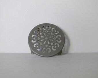 Sweet French Vintage Pot Stand Trivet in Gray Enamel