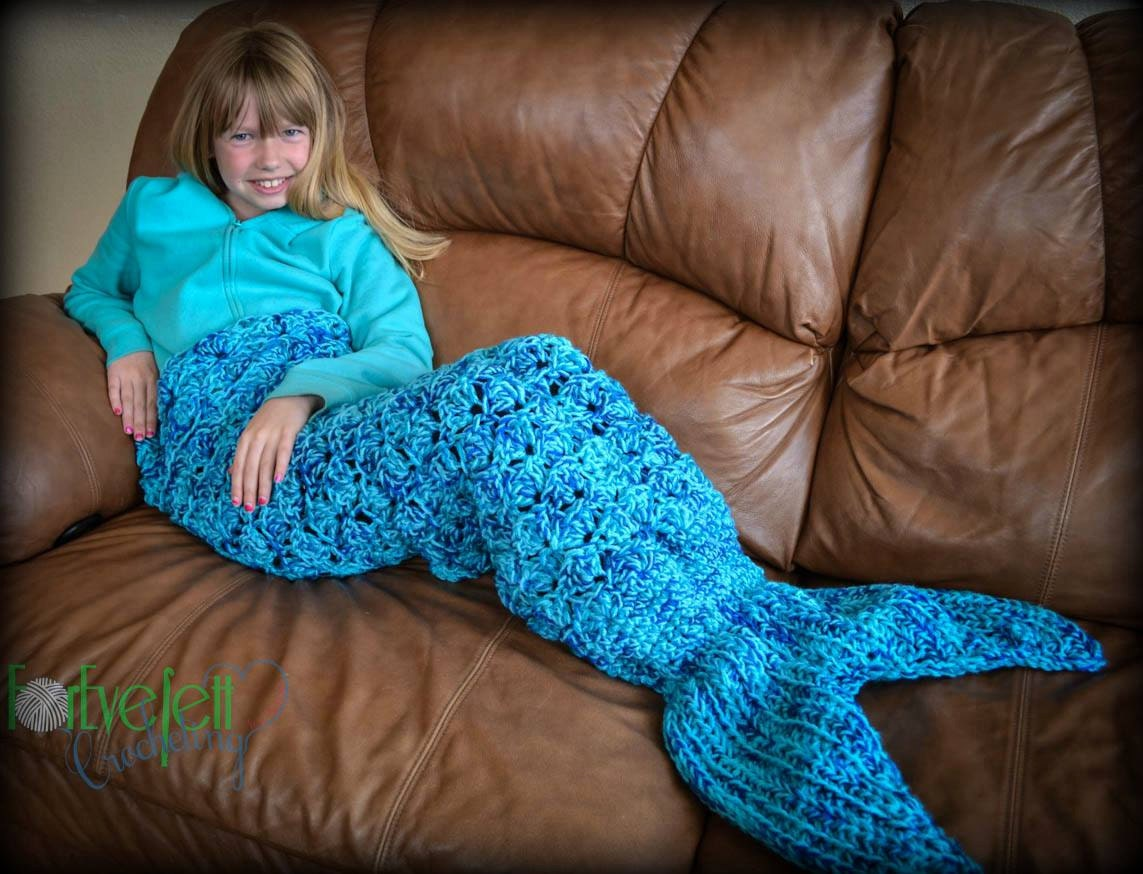 how to make a mermaid tail out of clothes