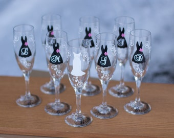 10 Bridesmaids champagne flutes, Personalized glasses, black and white wedding theme, monogram and flourishes. Maid of honor Matron of honor