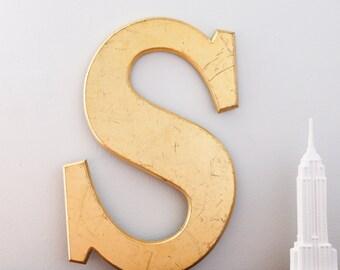 Vintage Shop letter S, Gold Leaf, Serif