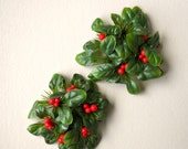 Vintage Taper Candle Wreaths, Christmas Holly Berry Plastic Leaf Greenery Decor, Retro Holiday Decoration