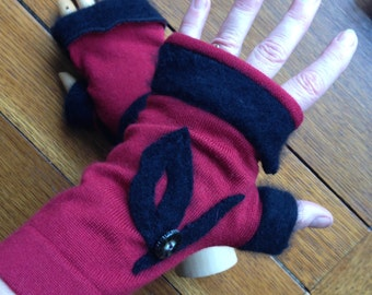 Fingerless Texting Gloves Up Cycled Wool Sweaters, Rusty Red and Black, #G174