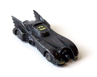 Batmobile Vintage 1989 Batman movie, DC Comics, die-cast metal car, Matchbox, Hot Wheels