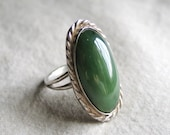 Authentic Vintage Dark Rich Green Viridian Agate Ring