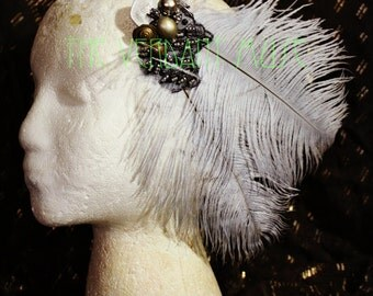 Burlesque Feather Hairclip- Lavender Grey Ostrich Fascinator With Tribal Accents 2