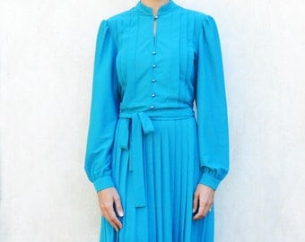 """Vintage pleated winter dress, medium - teal blue . . . . . """"Like"""" our fb page for 10% discount"""